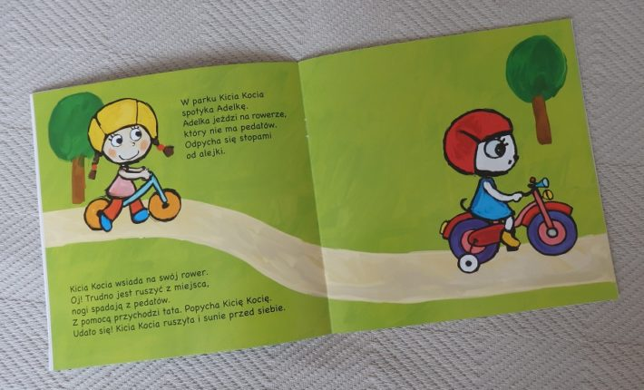 """Kicia Kocia na rowerze"""
