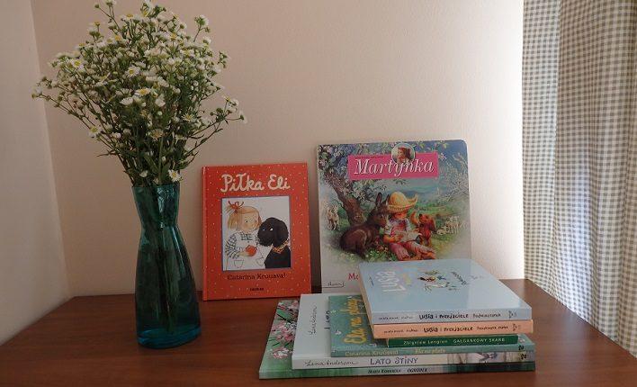 książki o małych dziewczynkach, Piłka Eli, Martynka, Lusia i przyjaciele